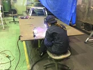 関西工場の4月の新入社員 溶接を研修中の二人に聞いてみました